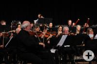 Das VHS-Orchester beim Herbstkonzert in der Schillerhalle. Foto ak