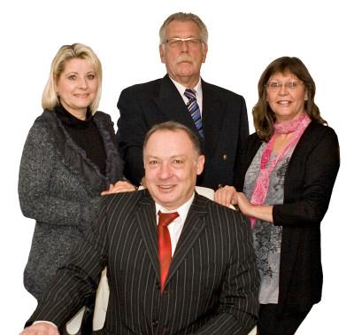 (vorne) Jochen Decker, (hinten links) Annette Decker, Herbert Witt, Rosemarie Arlt
