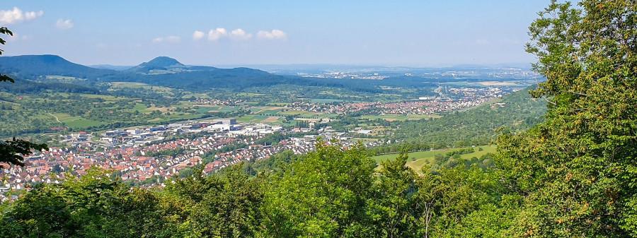 Rundwanderweg Rundum umkämpft – Blick auf Dettingen
