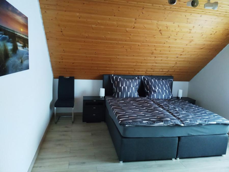 Schlafzimmer groß1