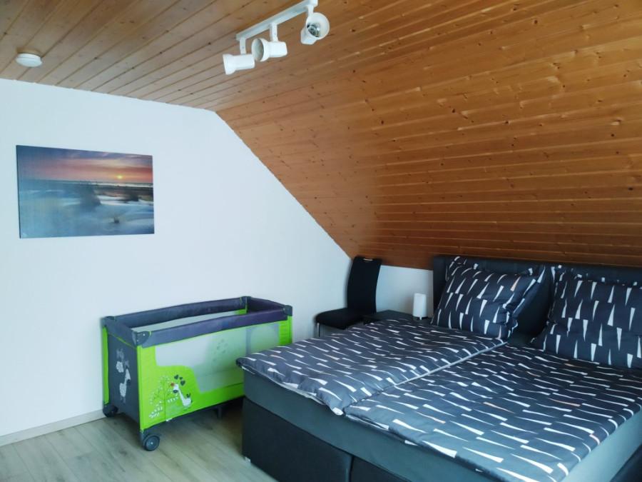 Schlafzimmer groß3